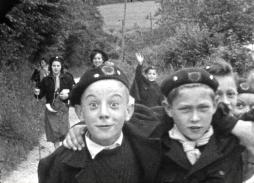 Scouts et guides de Bresles (1950) / Un film 16 mm tourné par Louis Loiseleux (Collection Archipop)